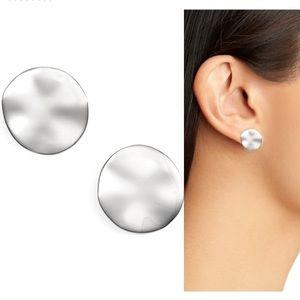 NWT Gorjana Chloe stud earrings- silver